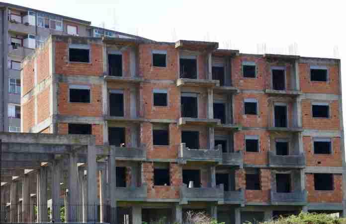 Un palazzo incompleto a Librino