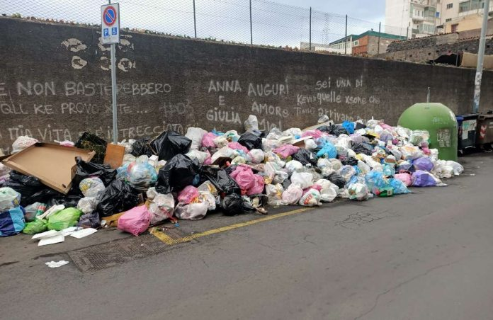spazzatura Catania